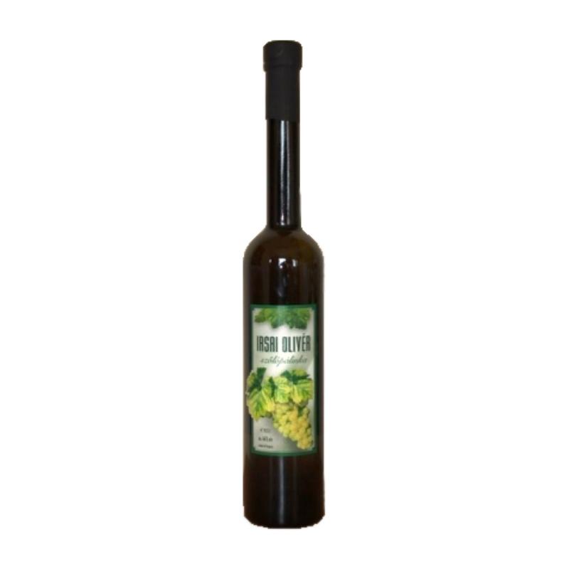 Szicsek Irsai Olivér szőlő 44% 0.5l