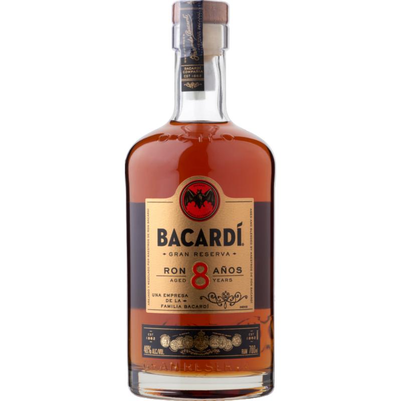 Bacardi 8 éves rum 40% 0.7l